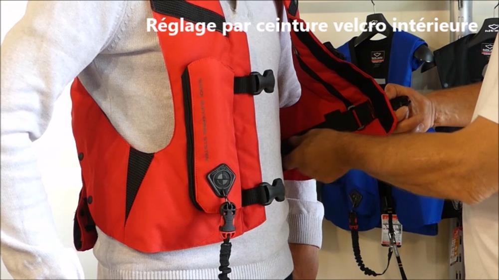 Ajuster-gilet-airbag-Askara-éqitation-1