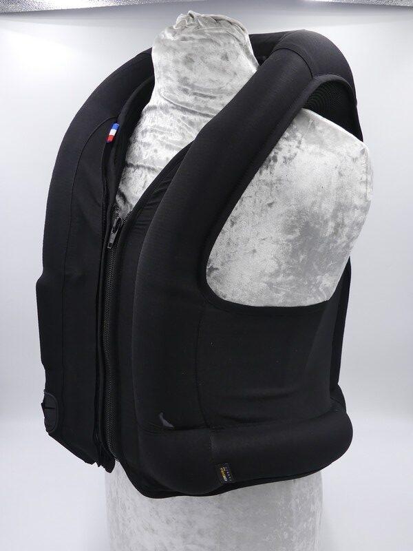Belair-airbag-allshot-askara-equitation-déclenché-face-2