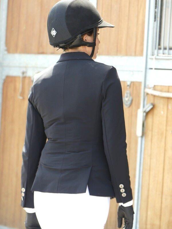 veste-pour-airbag-virginia-askara-allshot-équitation-élégance